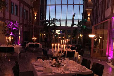 Vår stämningsfullt upplysta festlokal i Göteborg.